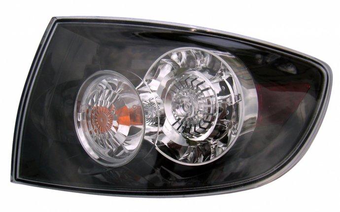 Фонарь задний внешний правый (седан) прозрач с led (светодиоды