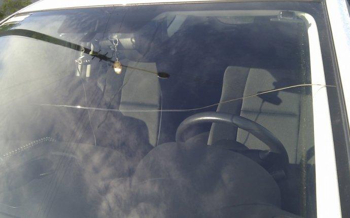 Похоже лобовое стекло у нас расходный материал! — бортжурнал Mazda