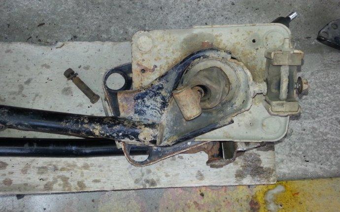 тяги привода управления коробки передач (кулисы) Mazda 626