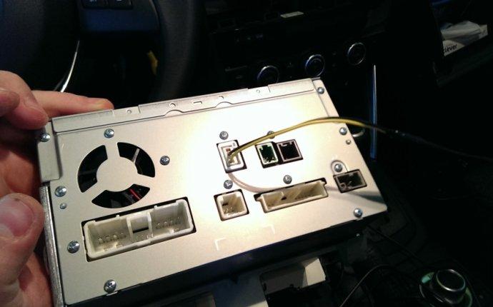 Установка камеры заднего вида — бортжурнал Mazda CX-5 2.5 /79TAK