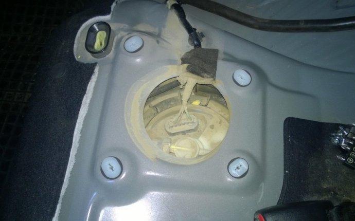 Замена топливного фильтра на Mazda 3. Как понять, что пора менять